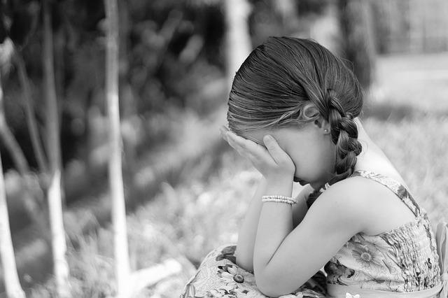 sadness-1325507_640